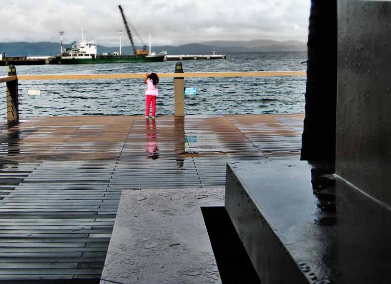 Embarcadero de Legazpi: Pier From The Boardwalk
