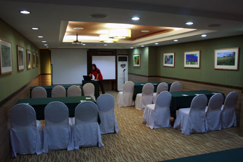 CONFERENCE AND MEETING ROOM_ONE TAGAYTAY PLACE