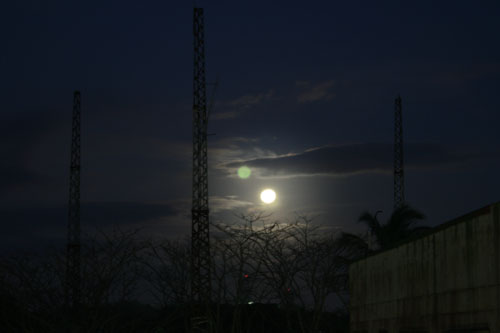FULL MOON OVER TAGAYTAY