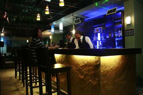 TOWER LOUNGE STEAKBAR_ONE TAGAYTAY PLACE