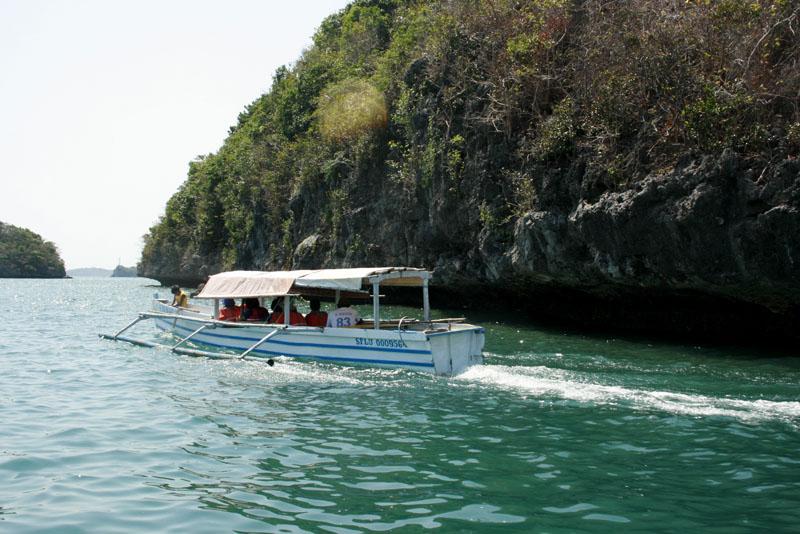 Boatride Hundred Islands