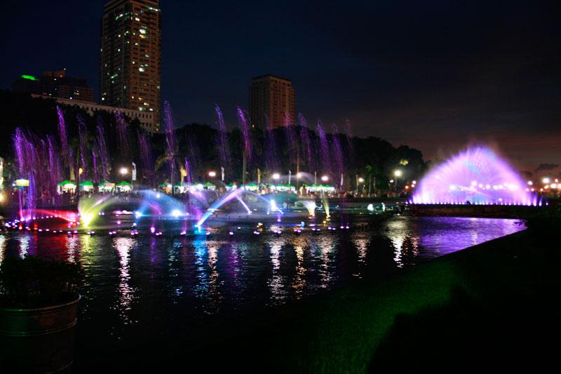 Rizal Park Dancing Fountain3