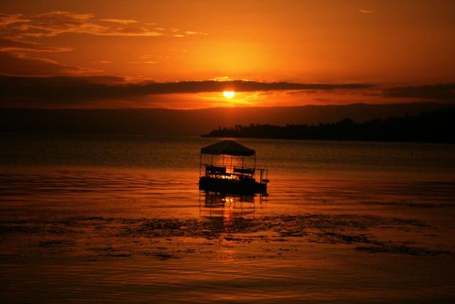 Sundown, Club Balai Isabel