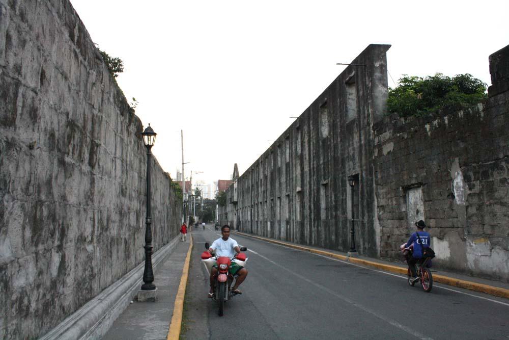 The walls of Baluartillo De Sa Eugenio