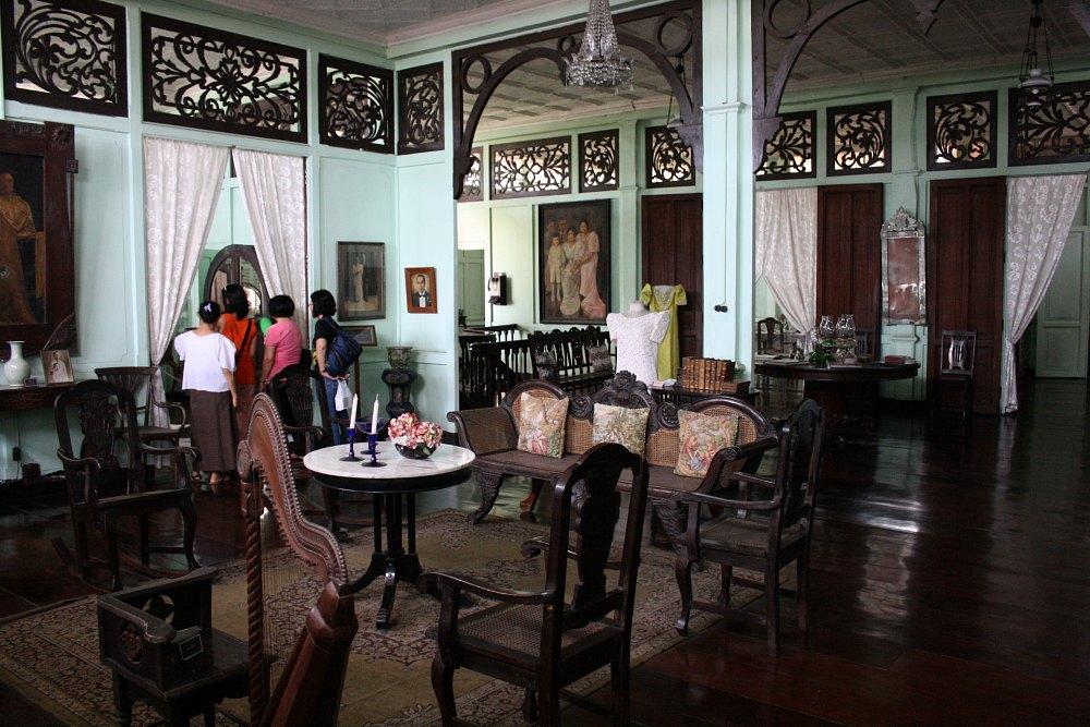 Living room, Bernardino Jalandoni House