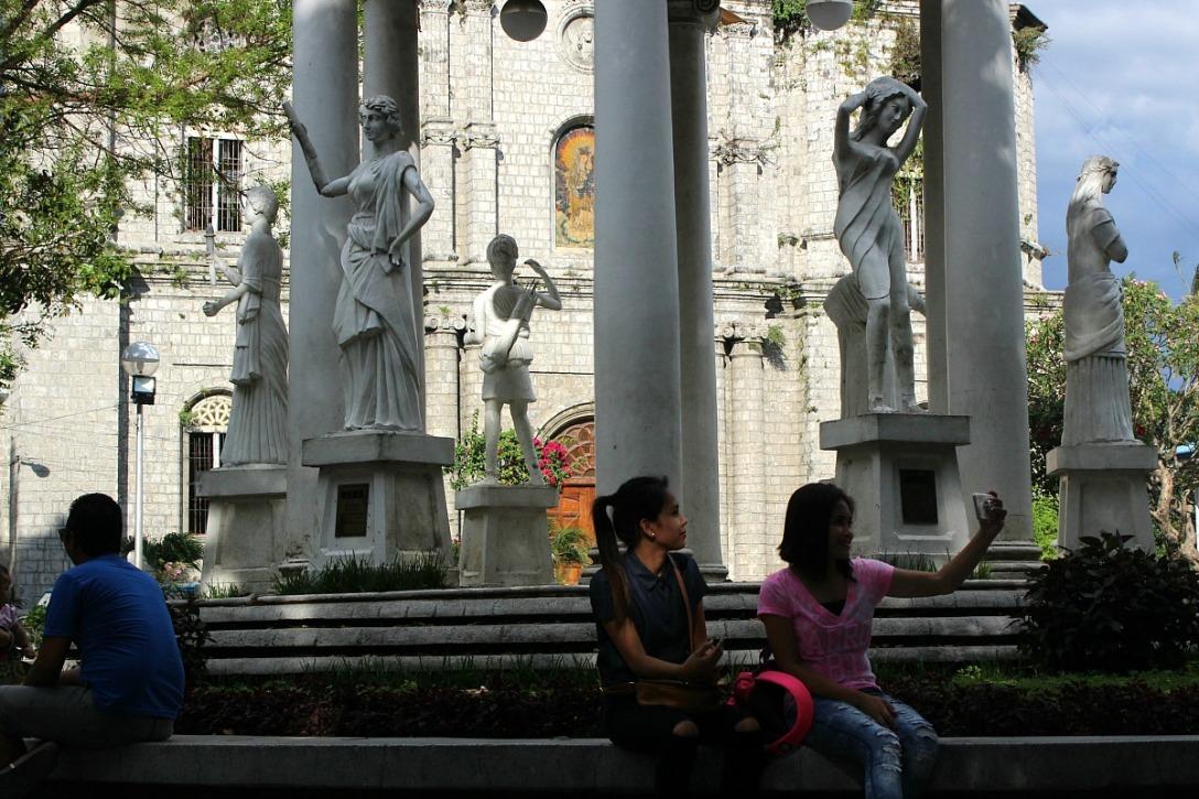 Molo Plaza Park