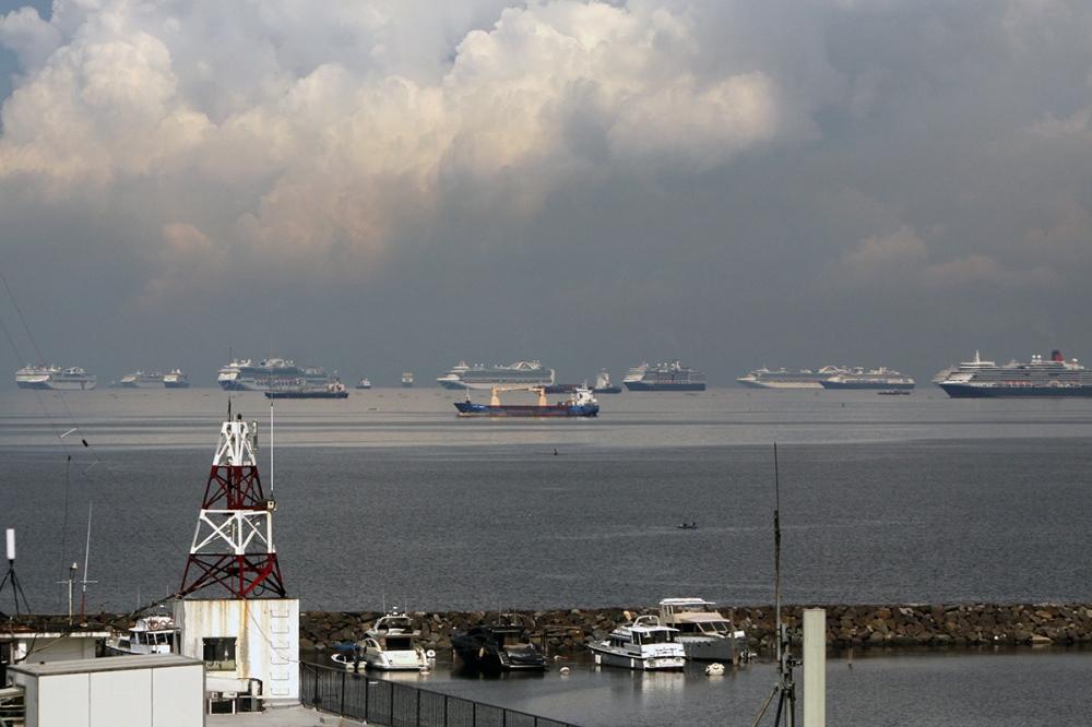 Ships lining the horizon